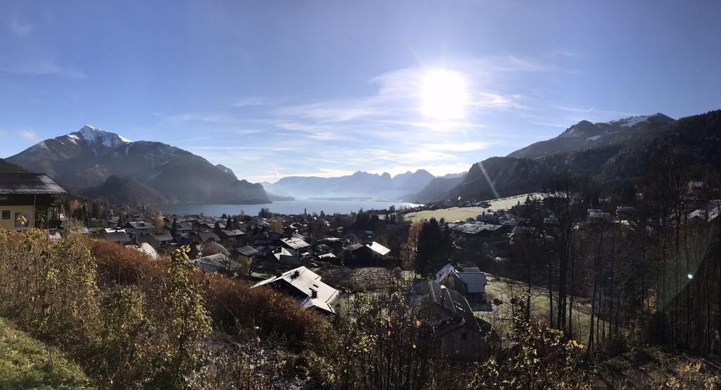 20171115 (13) 由Salzburg前往哈爾斯塔特(Hallstatt)途中 [Saint Gilgen鎮 (Mozart母親%26;姊姊均誕生於此)].jpg