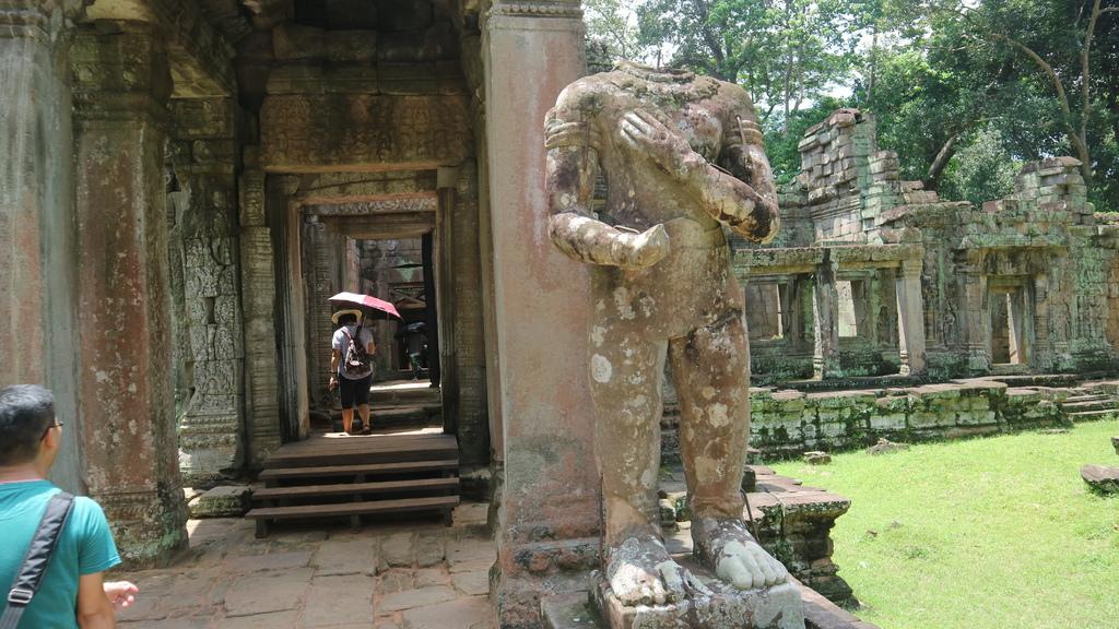 20180911 (236) 聖劍寺(Preah Khan)的入口.JPG