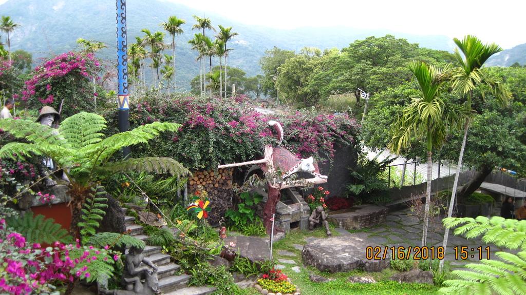 20180216 (187) 由獵寮民宿2F俯瞰庭園.JPG