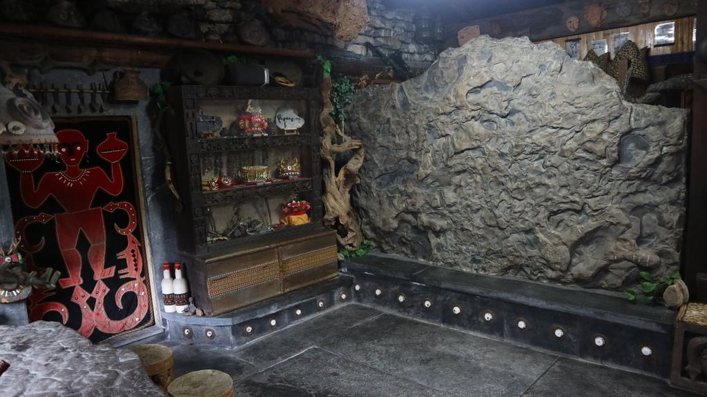 20180216 (247) 卡拉瓦石屋民宿的內部擺設.JPG