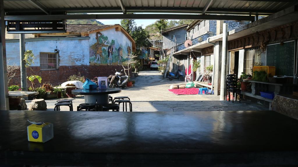 20180217 (139) 岩板巷 [摩凱咖啡店].JPG