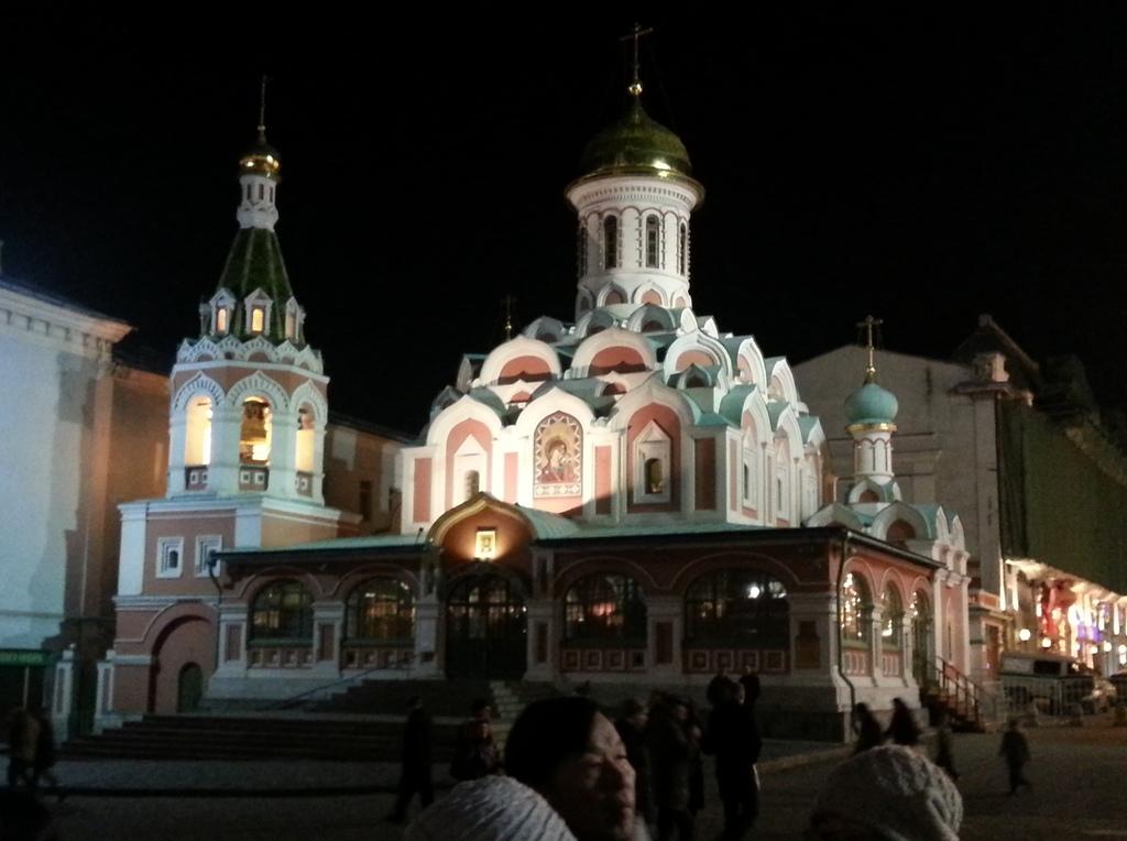 20121110 (210) 莫斯科紅廠附近夜景.jpg
