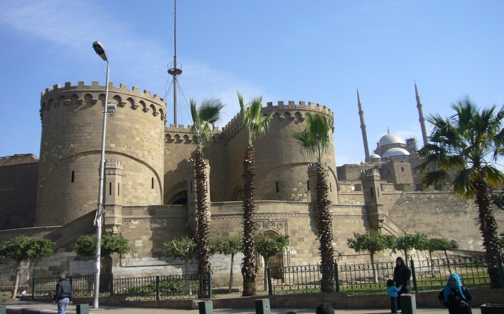 20120211 (10) 開羅Citadel.JPG
