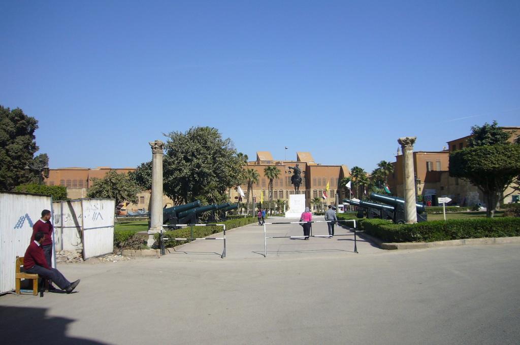 20120211 (100) 開羅Citadel [軍事博物館].JPG