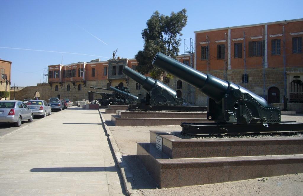 20120211 (104) 開羅Citadel [軍事博物館].JPG