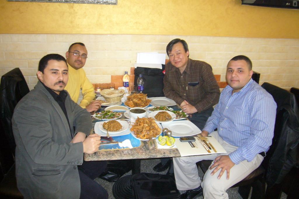 20120213 (1) 與KEBAA公司成員合影.JPG