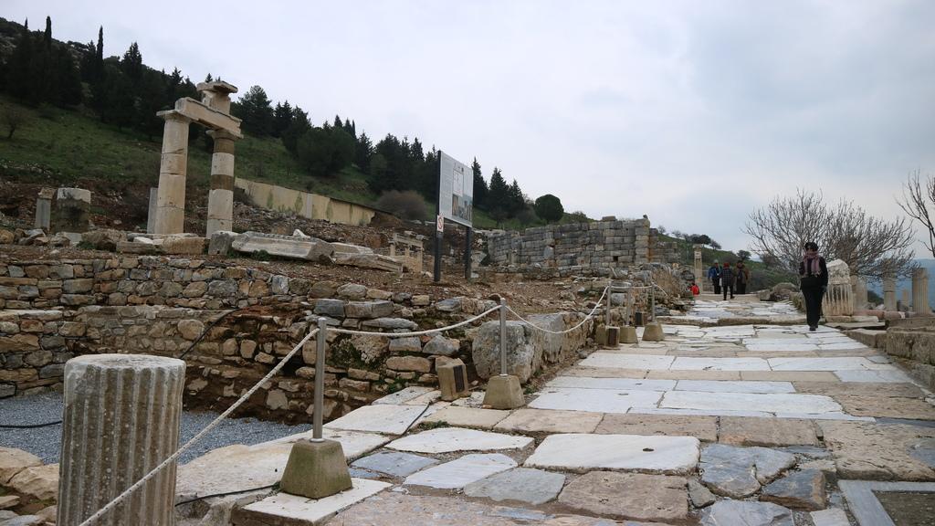 20190107 (86) 市政廳遺址 [艾菲索斯(Ephesus)].JPG