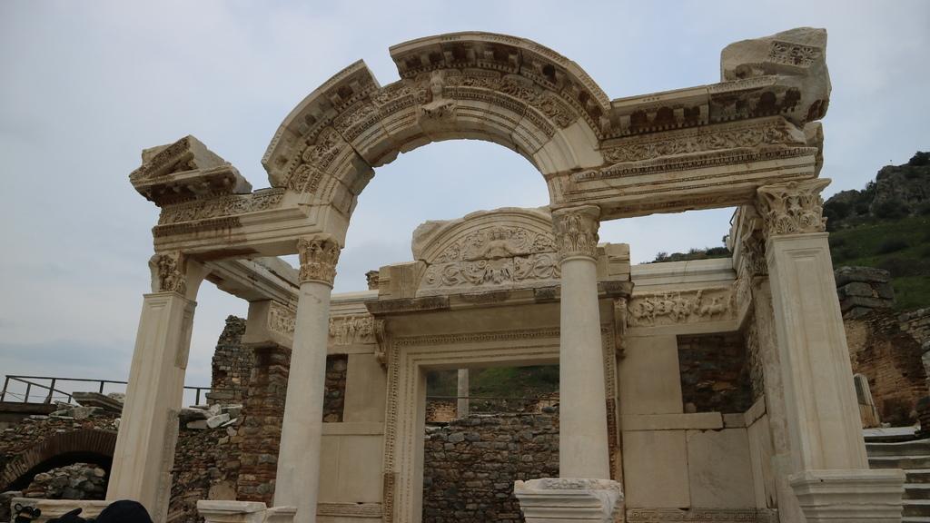 20190107 (160) 哈德良神殿  [艾菲索斯(Ephesus)].JPG