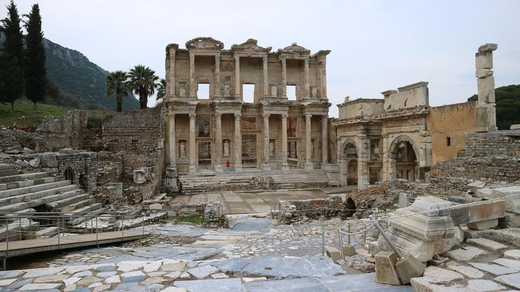 20190107 (190) Celsus圖書館 [艾菲索斯(Ephesus)].JPG
