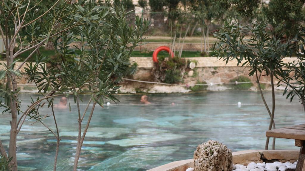 20190108 (60) 希拉波利斯 (Hierapolis)大浴池(10TL).JPG