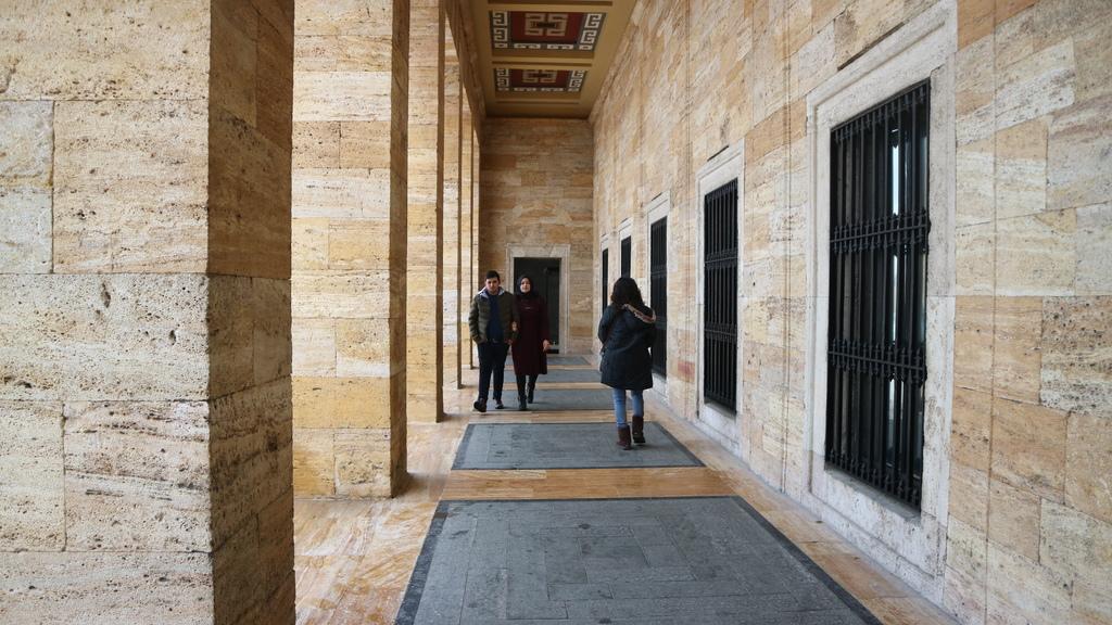 20190212 (80) 凱末爾紀念館的長廊.JPG