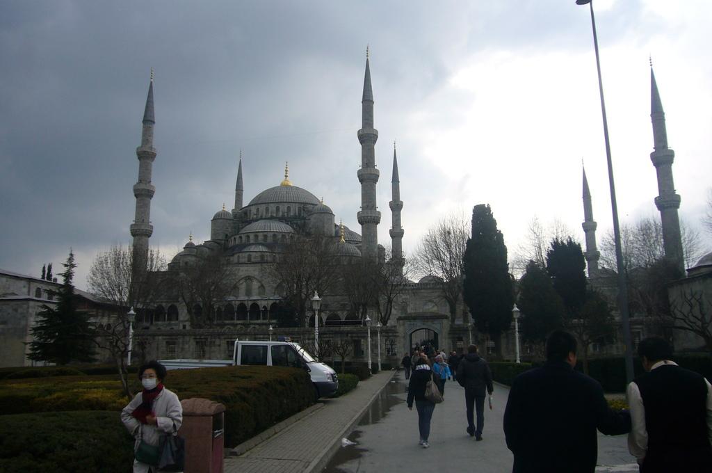 20110321 (220) 藍色清真寺(Sultan Ahment Camii Mosque)[伊斯坦堡].JPG