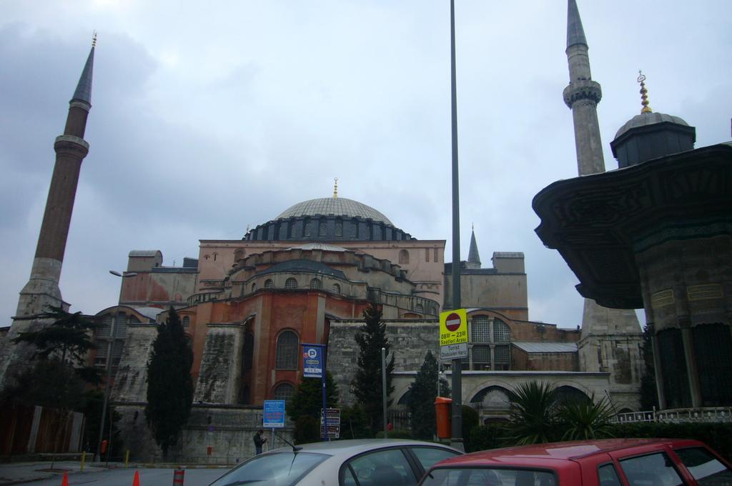 20110321 (10) Hagia Sophia [伊斯坦堡(Istanbul)].JPG