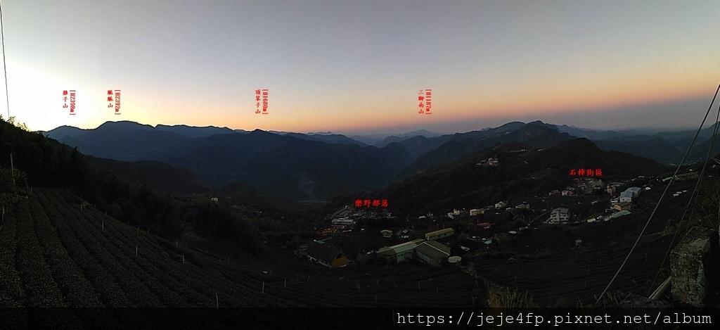 20190205 (942A) 由茂馨民宿眺望日落前的山景.jpg