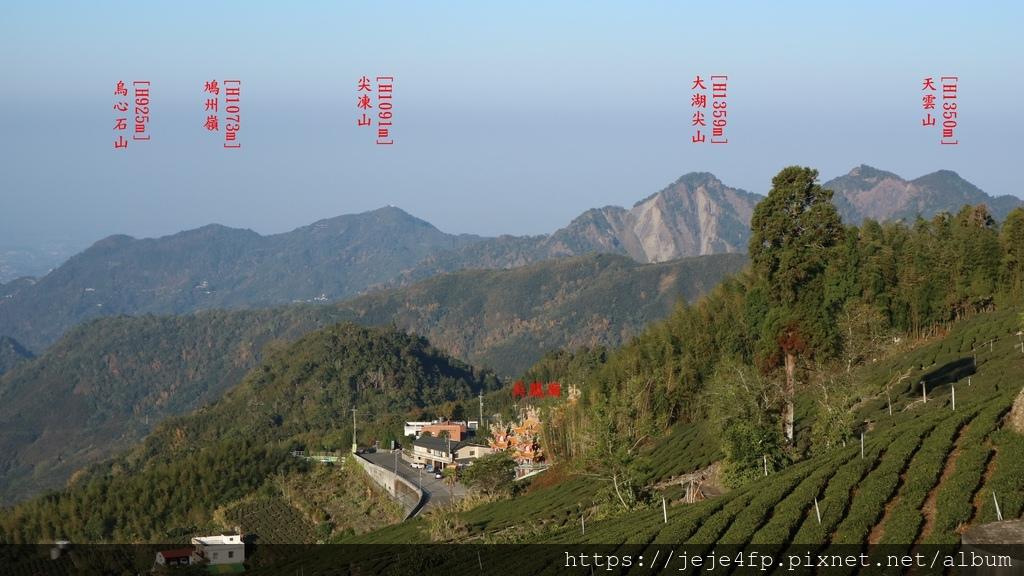 20190205 (1044A) 由茂馨民宿眺望嘉義市區方向的山景.JPG