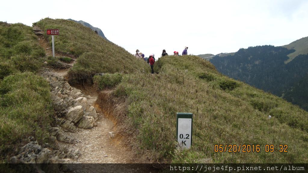 20160520 (126) 由石門山步道0.2km處往入口方向眺望.JPG