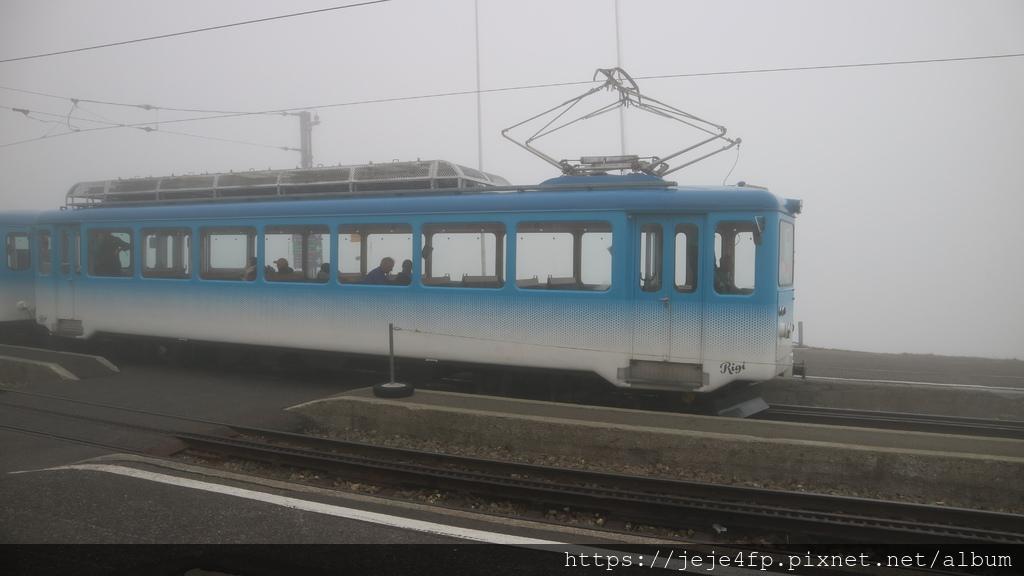 20181113 (88) 濃霧中的Rigi山.JPG