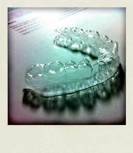 牙套.jpg