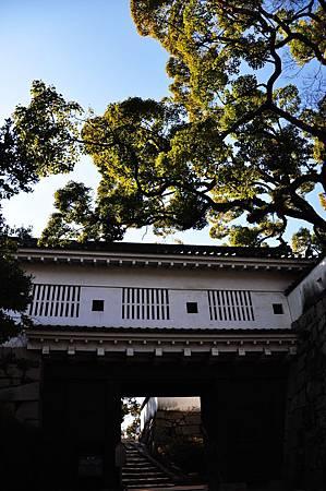 """岡山城入口""""郎下門"""""""