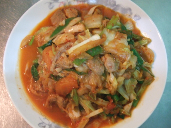 07鮮蔬泡菜炒豬肉