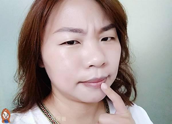 BLANBLVN的3D乳霜光澤唇釉與五色修片皇后粉霜-12.jpg