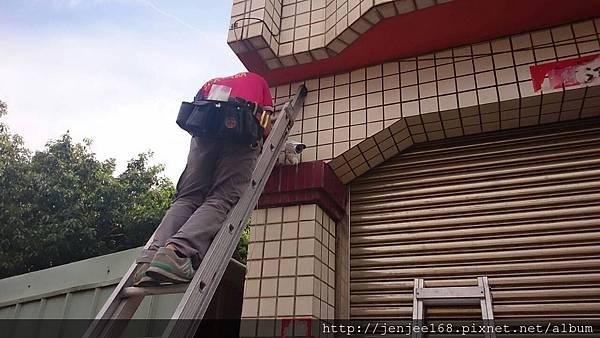 大台中監視器維修|中部監視器|台中監視器維修|台中監視器系統促銷|施工案例|IPCAM 200萬畫素防水型紅外線網路攝影機