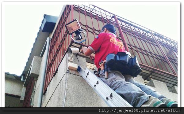 台中潭子區住家監視器安裝工程,台中監視器廠商,台中監視器安裝,台中監視器,台中監視器價格,南投監視器安裝,南投監視器廠商,IPCAM 200萬畫素防水型紅外線網路攝影機