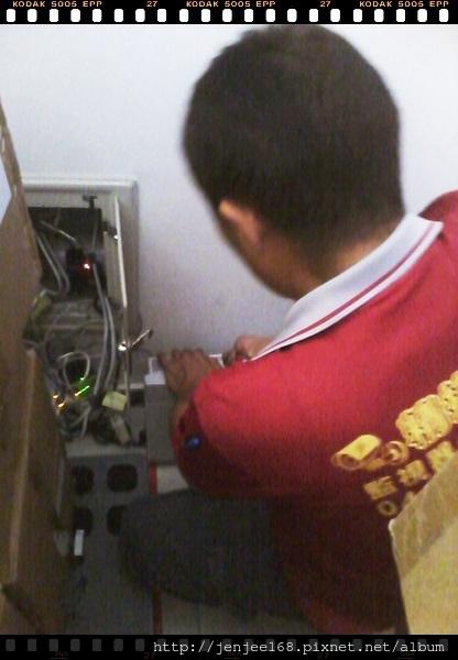 台中南屯區公司電話總機系統安裝工程,南投電話總機系統安裝,南投監視器價格,彰化監視器系統,彰化監視器促銷,電話總機系統