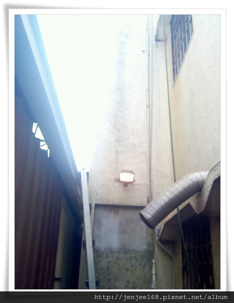 台中北屯區別墅監視器安裝工程,彰化監視器,彰化監視器材,彰化監視器廠商,中部監視器,台中監視器系統公司,台中監視器系統安裝,8CH NVR百萬畫素網路主機