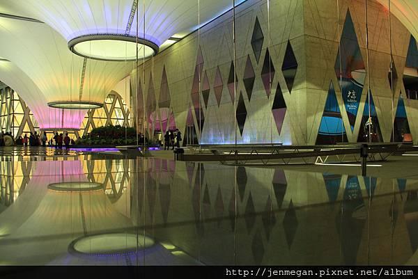 20121208-夜拍大東藝術文化中心