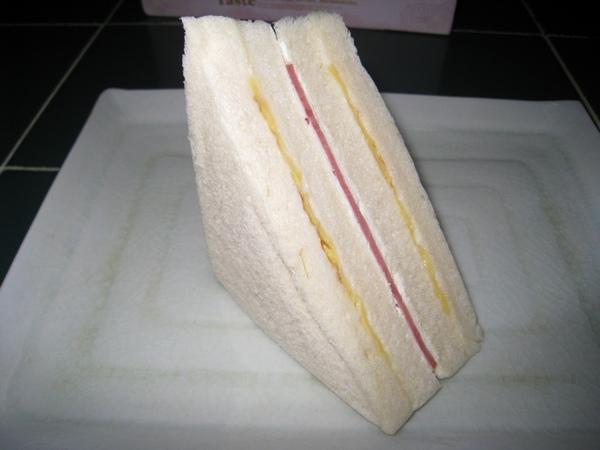 三明治獨照