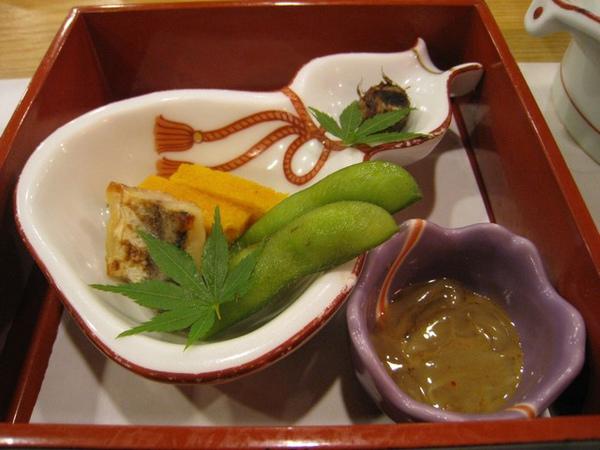 小菜和生的小魚