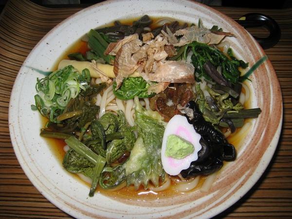 冷的野菜拉麵