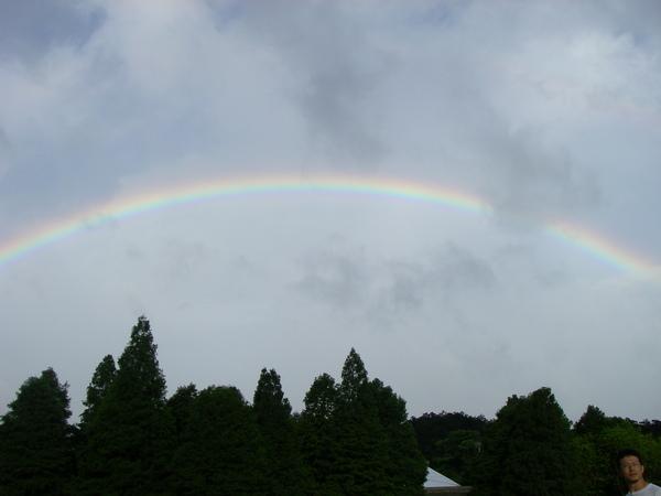 另外一邊的彩虹