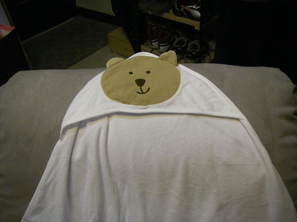 超口愛的小熊包巾...毛巾布的材質很舒服