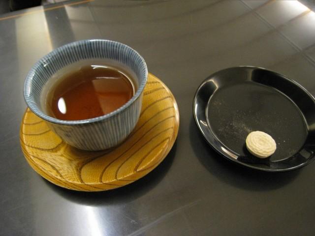 鍵善良房的菊壽糖