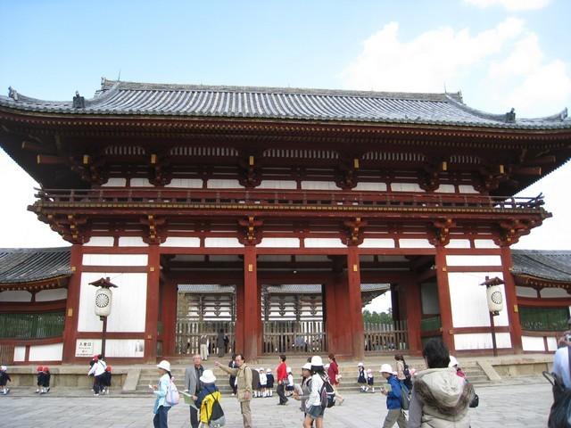 東大寺的門口
