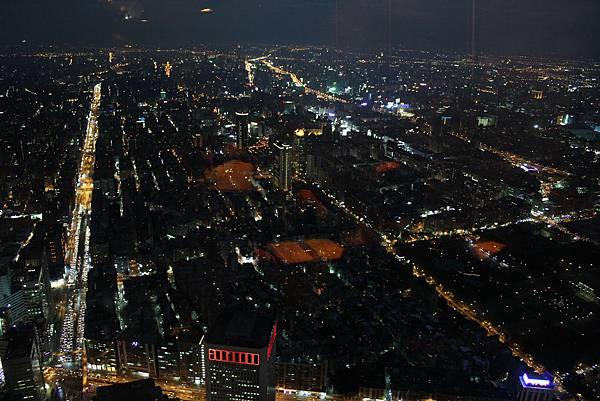 隨意鳥101高空觀景餐廳 (82)