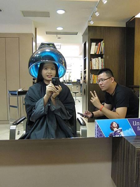 HAPPY HAIR 文華店 找 Penny 燙瀏海 (5)