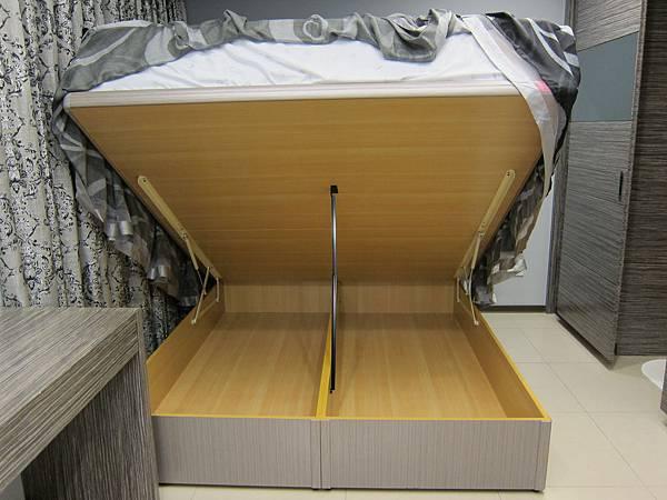 HoneyWants活力因子 Restonic美國蕾絲床墊 (77)