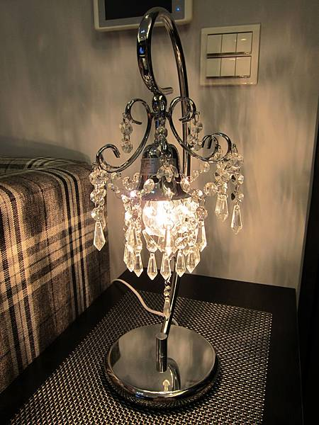 HOLA 婕娜金屬水晶桌燈 (17)