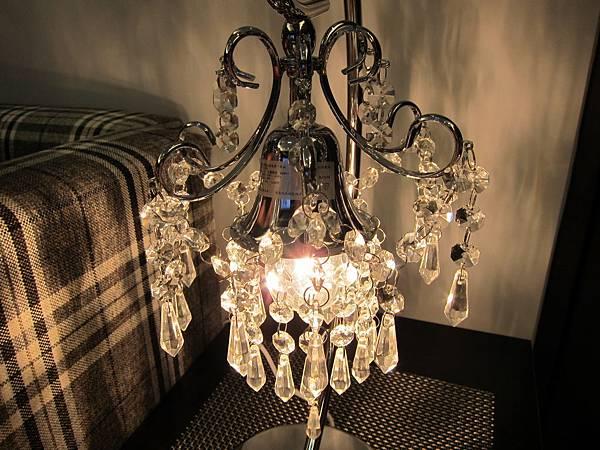 HOLA 婕娜金屬水晶桌燈 (18)
