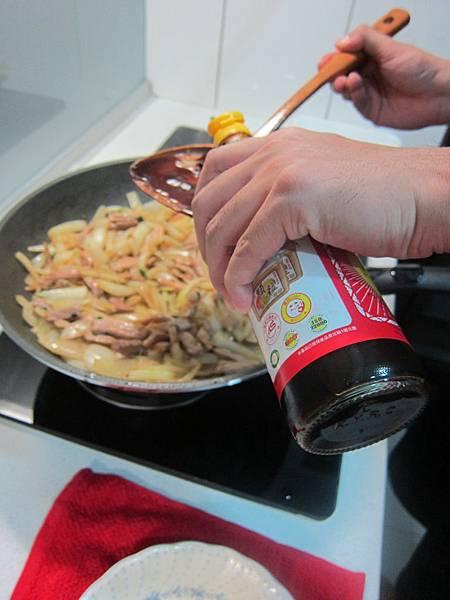 洋蔥炒肉絲 (20)