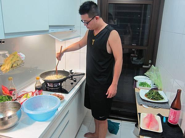 洋蔥炒肉絲 (14)