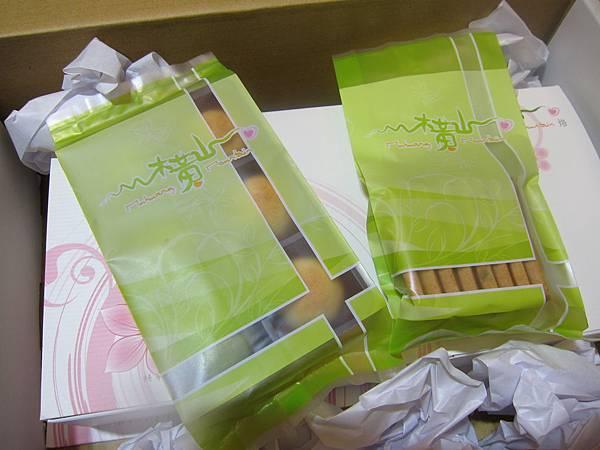 台灣好食在 木黃山烘培坊 鳳梨酥 一口酥 南瓜手工餅乾001 (2)