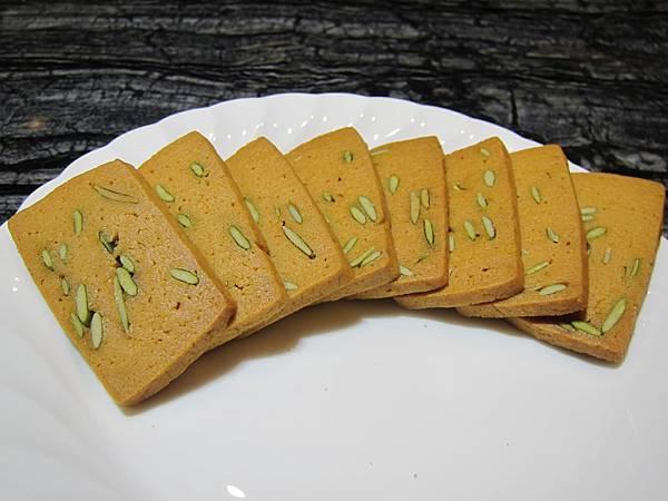 台灣好食在 木黃山烘培坊 鳳梨酥 一口酥 南瓜手工餅乾001 (50)