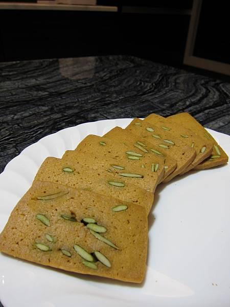 台灣好食在 木黃山烘培坊 鳳梨酥 一口酥 南瓜手工餅乾001 (48)