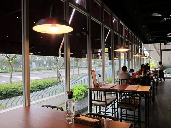 擴邦麵包 堤頂餐廳 (4)