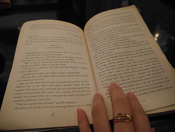 Moooon River Cafe & Books (26)