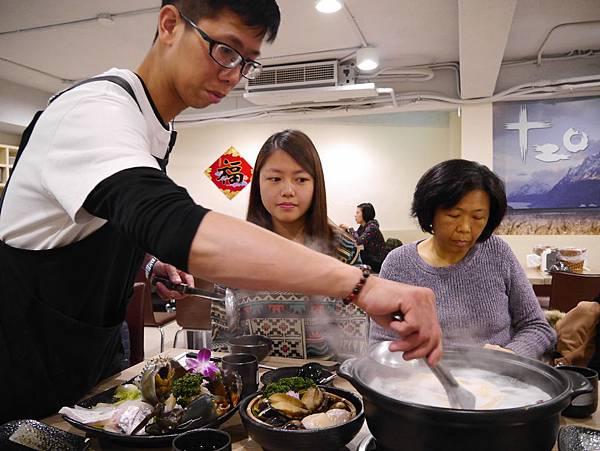 十二籃粥火鍋逸仙店 (30)
